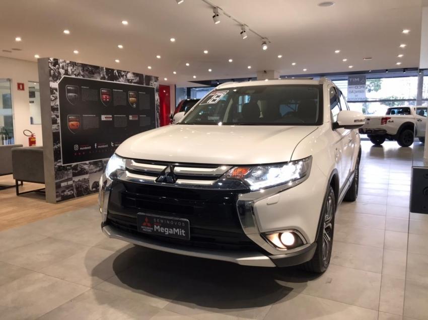 Image Mitsubishi Outlander Gt Gasolina 4p Automatico 2018