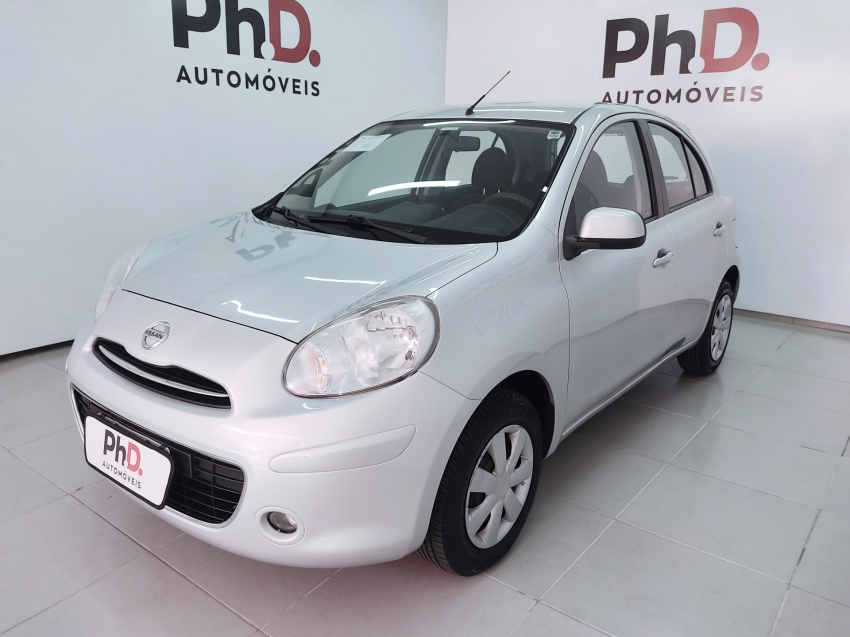 Nissan march s 1.6 flex 4p manual 2014
