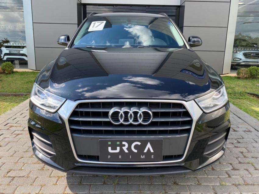 Audi q3 attraction flex 5p automatico 2017